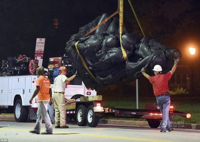 为防暴乱 美国城市拆除内战南方将领雕像