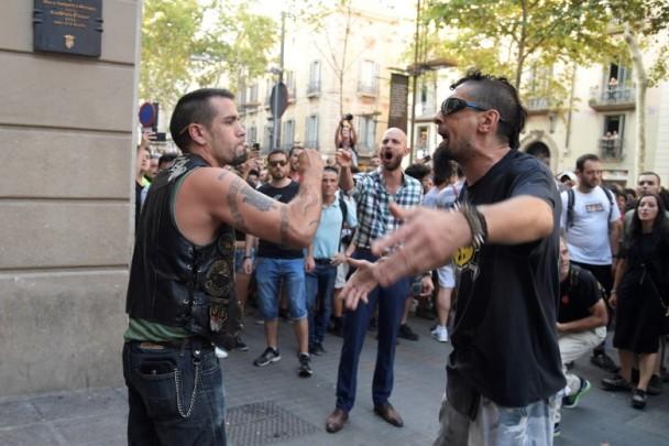 西班牙极右示威反回教 再爆流血冲突