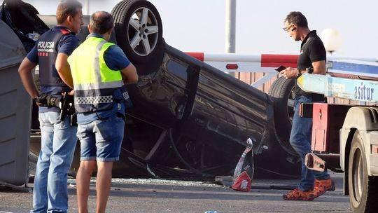 西班牙女警以一敌五击毙4恐怖分子成英雄