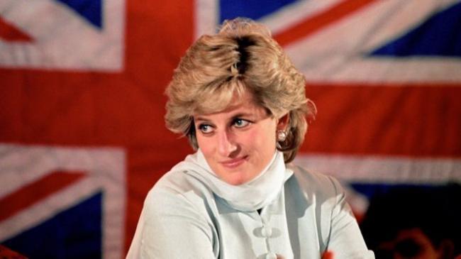 英国女王无意给查尔斯王子让位