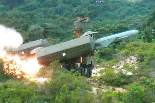 惹恼中国  越南在南海被孤立