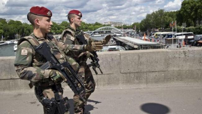 26岁反恐军人向自己开枪   引发全国震惊