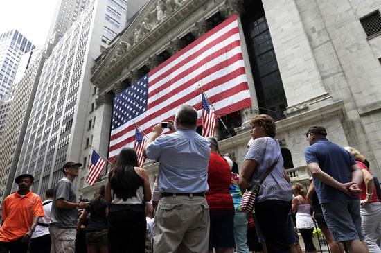 美股遭遇10多年来从未有过的大逃离
