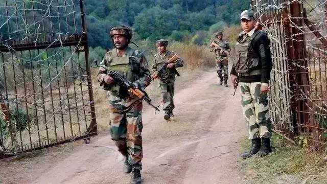 巴基斯坦夜袭印度军营 致年内最惨重伤亡