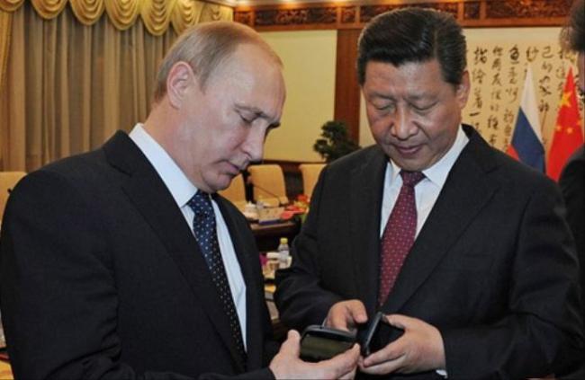 中俄研制手机成俄金砖国礼  赠各国官员