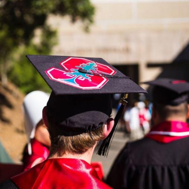 美国大学不再是全世界高等教育的顶峰