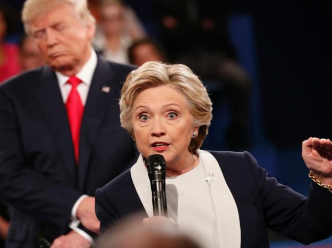 """希拉里认为奥巴马是她败选的""""祸首"""""""