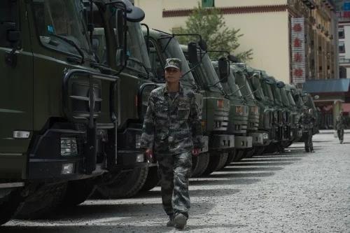 被一副耳机打败 中国军队面临新威胁