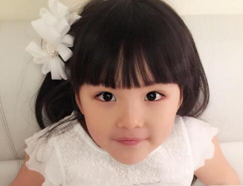 小女孩当面说王诗龄长得胖 李湘怒了