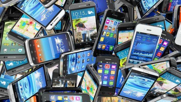 揭秘:智能手机背后那些鲜为人知的大佬