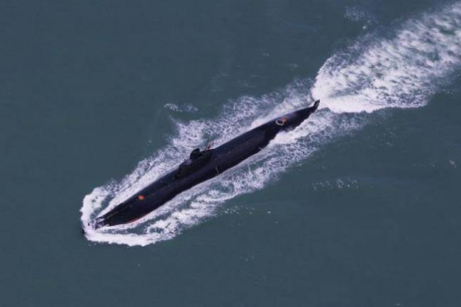 共军5大万吨级军舰 密集下水