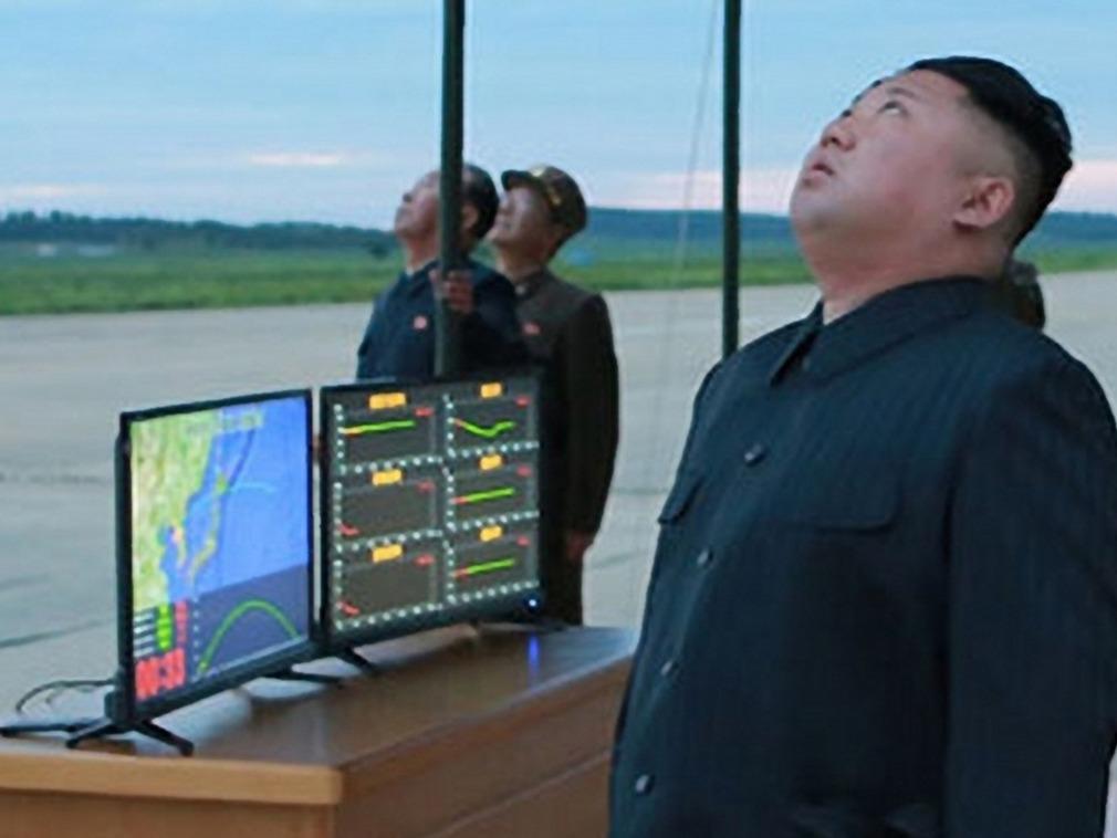 金正恩:朝鲜核导开发即将大功告成