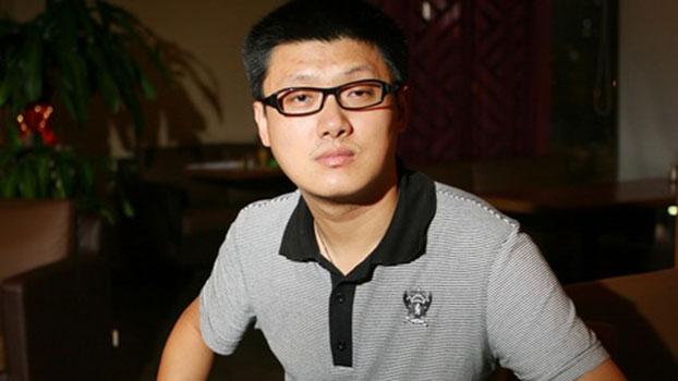 与周小平微博论战,历史老师袁腾飞被销号