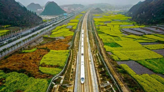 """盘点中国""""撼动世界经济秩序""""五大基建"""