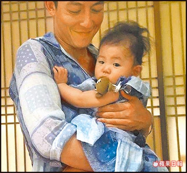 女儿已经半岁了 陈冠希还没想过要结婚