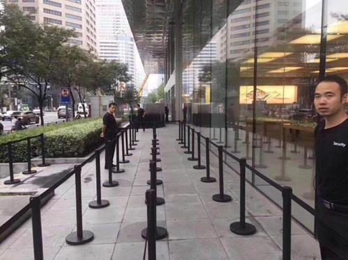 苹果在中国栽了  许多人拒收iPhone 8