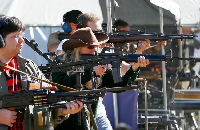 8张图搞懂美国人怎么看枪支泛滥问题