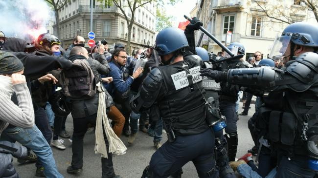 manif-france-loi-travail-new-police.jpg