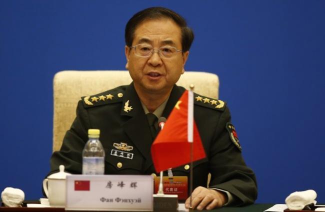 """七中公报不见""""军事"""" 习近平集权受阻?"""