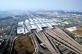 中国高铁网加速向西伸展
