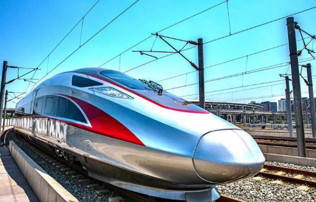 中国铁总:复兴号将推国内最快跨城快递