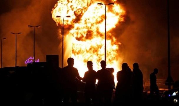 战争借口!巴林石油大火 伊朗被指是幕后
