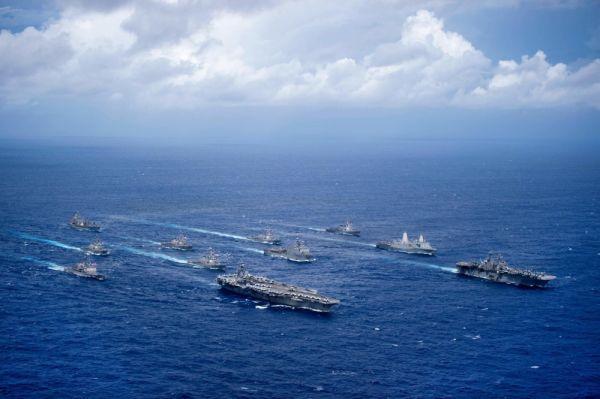 大阴谋!美军三航母挑衅逼朝鲜开第一枪