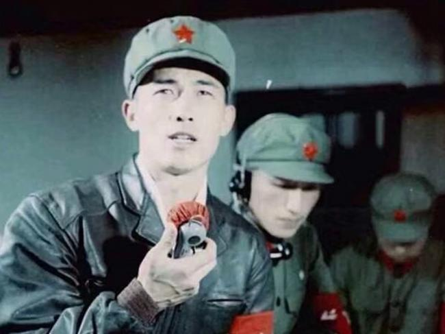 中国空军原司令之子快速升官 曝罕见照片