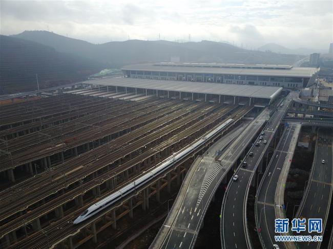 沪昆高铁贵州段个别隧道  偷工减料