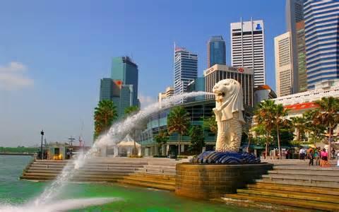 香港特首去了一趟新加坡,学回了这一手
