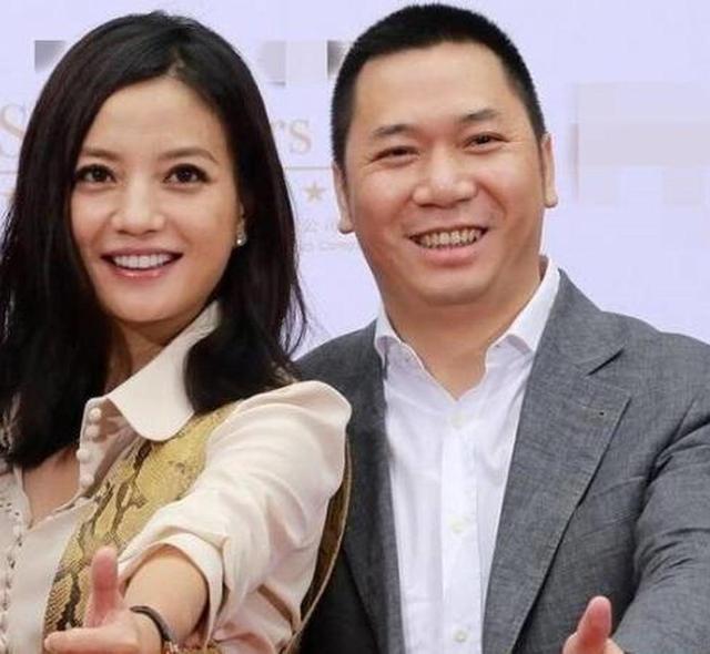 赵薇老公否认当许宗衡司机 阿里套现10亿