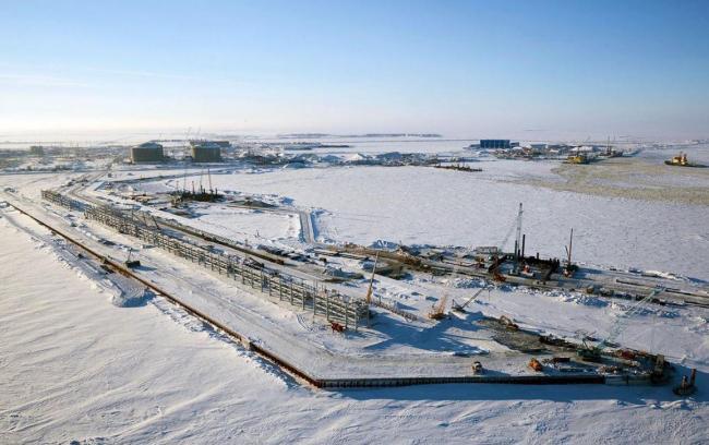 俄北极发现亿吨级油田 中国怒砸1千亿