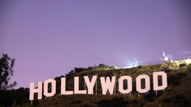 习近平手一捏紧,好莱坞就哭穷了