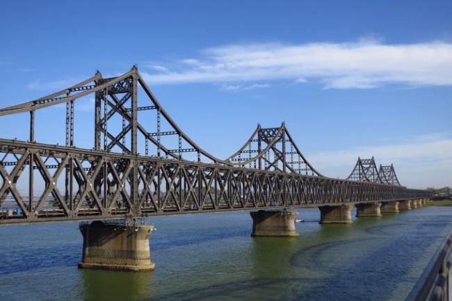 中朝友谊桥封闭!北京平壤关系引遐想