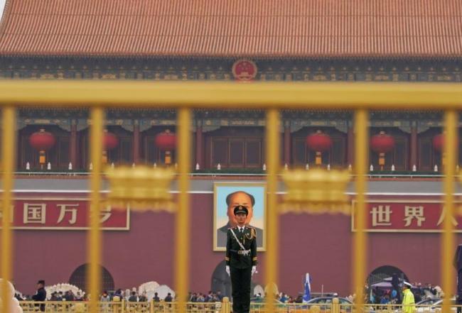 世界媒体看中国:虐童、逼迁与张阳