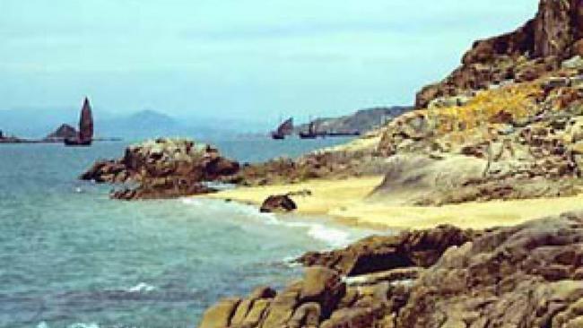 """中国警告日本   别在钓鱼岛玩""""把戏"""""""