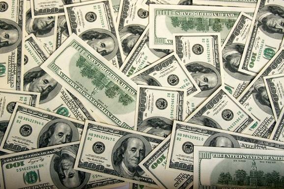 dollars-on-your-desktop-1240573481_47.jpg