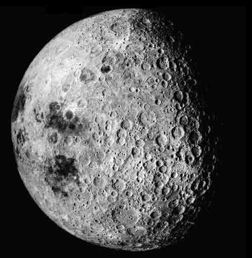 快讯:川普宣布美国人重返月球 登陆火星