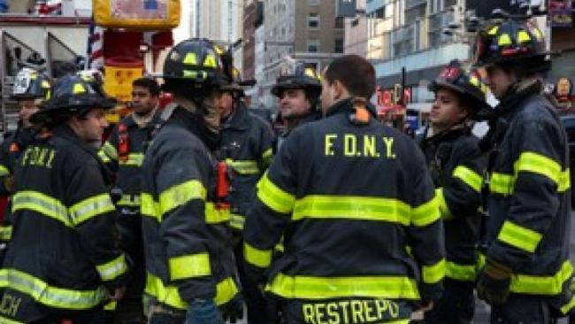 """纽约炸弹爆炸  市长认定是""""恐怖袭击"""""""