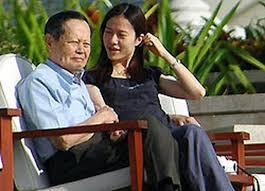 矛盾不断  翁帆却说与杨振宁结婚原因是…