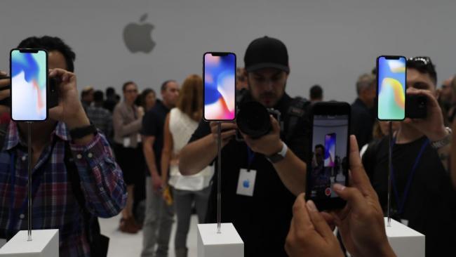 苹果故意让旧款iPhone变慢遭群起狂批
