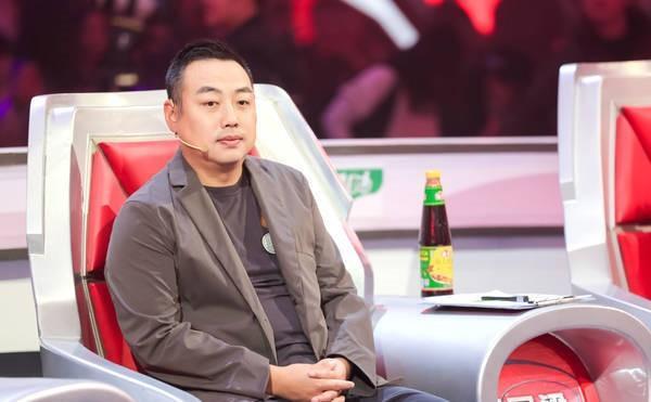 刘国梁最新近照曝光 明显消瘦满脸憔悴