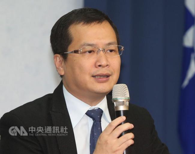 脸书按赞未破百万  他不参选台北市长