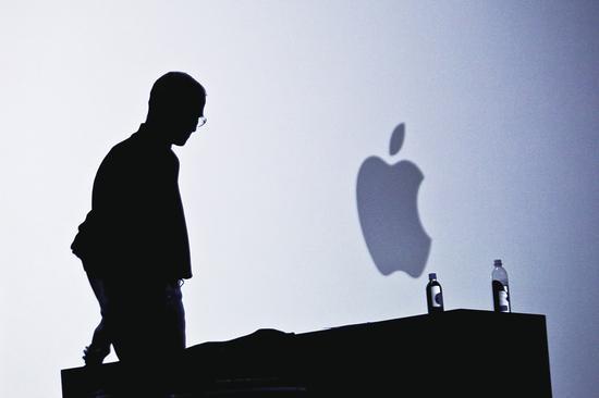 """苹果""""降速门""""继续发酵 集体诉讼已26起"""