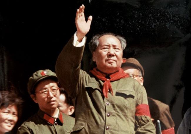 中国新版课本删除毛泽东错误 意味深长