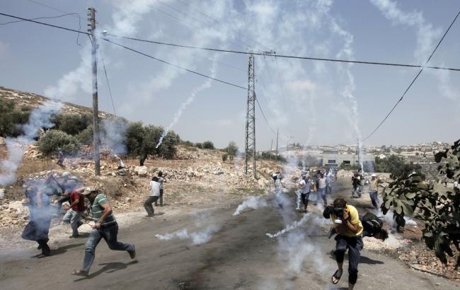 以色列军队开枪!2巴勒斯坦少年遭枪杀