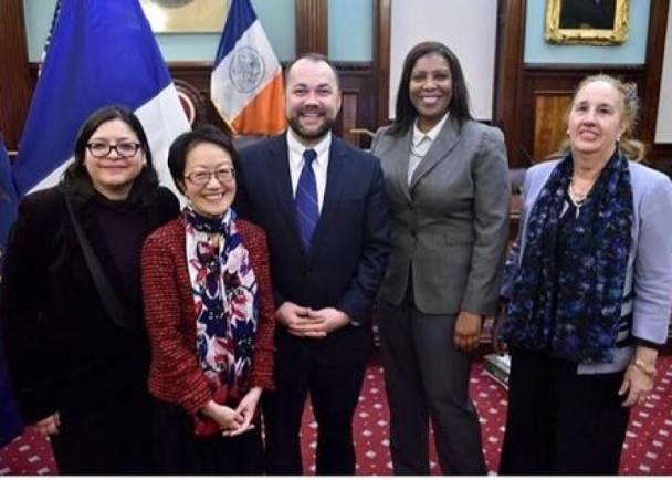 这个华人终于成纽约市议会首位亚裔领袖