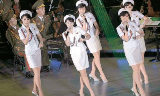 朝鲜大手笔送出140个美女去首尔作秀