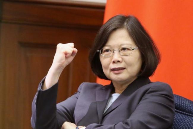 只有她才能把台湾搞乱  大陆网友支持她