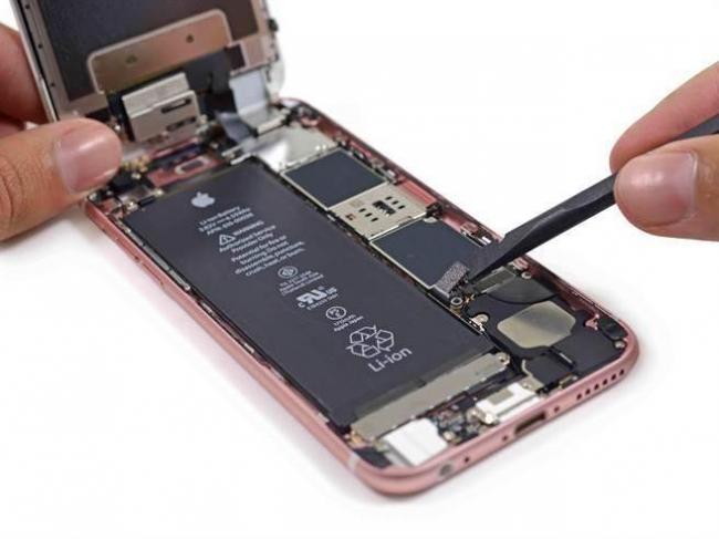 iPhone换电池恐遇4大难题 果粉怒了